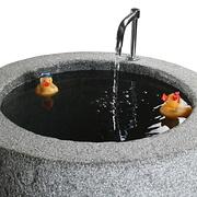 Zylinderbrunnen aus Granit