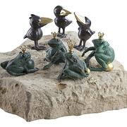 Verschiedene Bronzefiguren