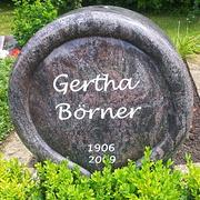 Einzelgrabmal aus Granit