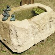 Entenbrunnen aus Thüster-Kalkstein