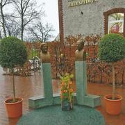 Bronzebüsten